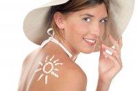Ochrona skóry kremem do opalania