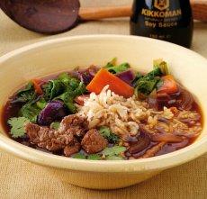 Gulasz wołowy z chilli i sosem sojowym Kikkoman