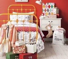 Pokój dziecka, łóżko metalowe Retro