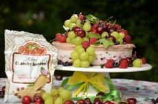 Dietetyczny sernik pianka z owocami