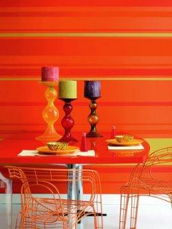 Intensywne kolory w jadalni
