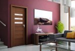 Drzwi z trójwymiarowym obrazem drewna